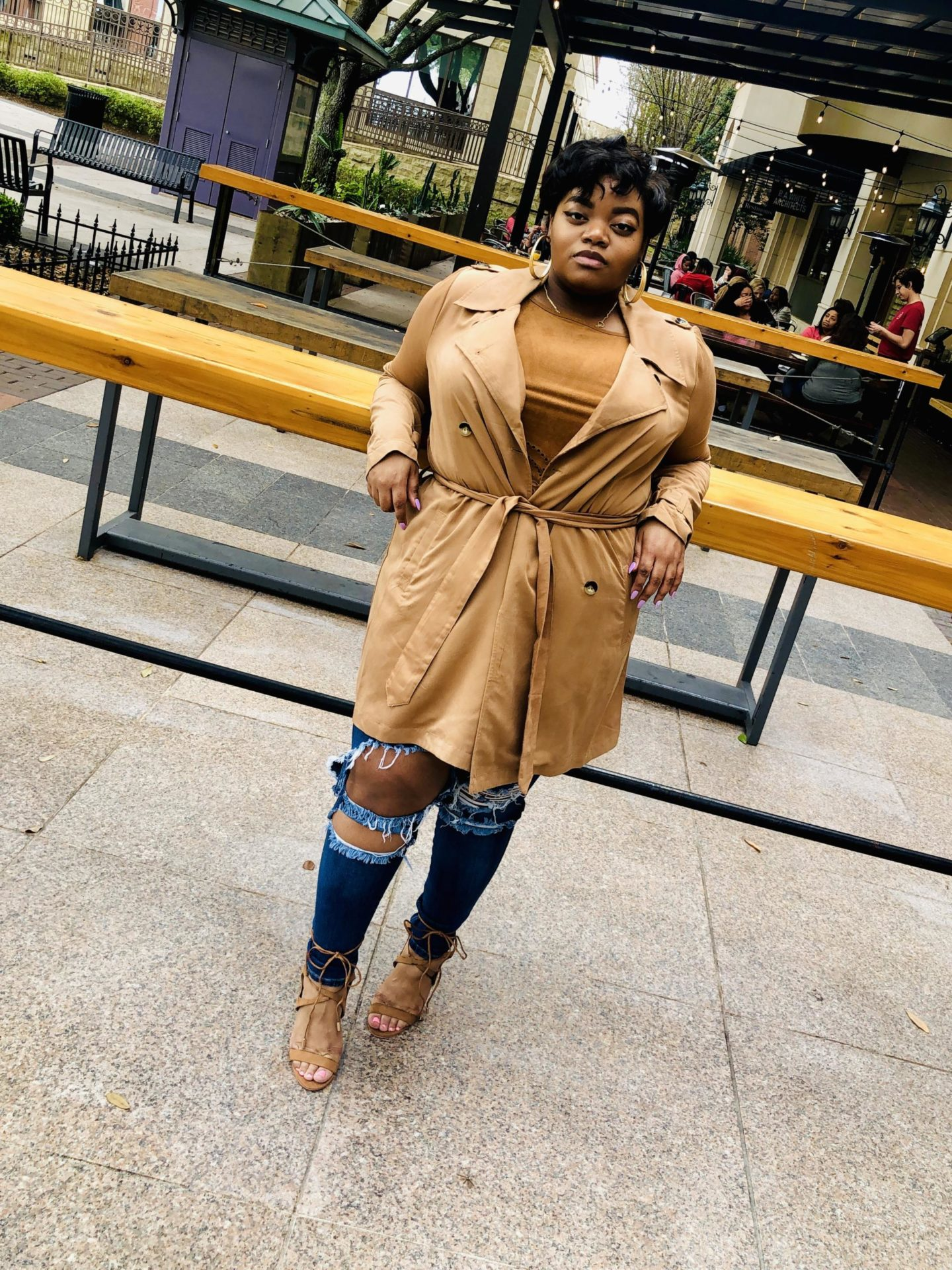 caramel-trench-style-guide-50-shades-of-raee